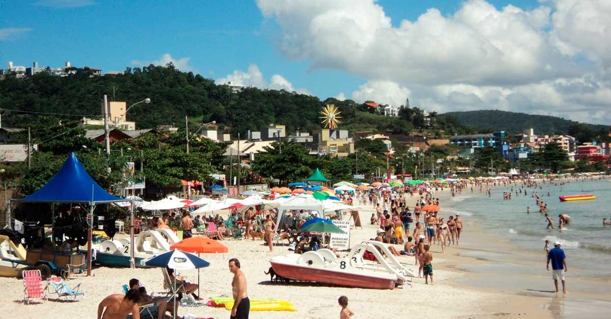 Significado dos nomes das melhores praias de Bombinhas - Praia Centro