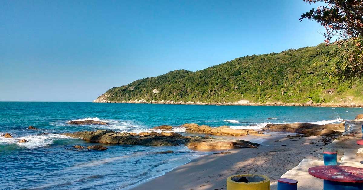 Significado dos nomes das melhores praias de Bombinhas - Retiro dos padres